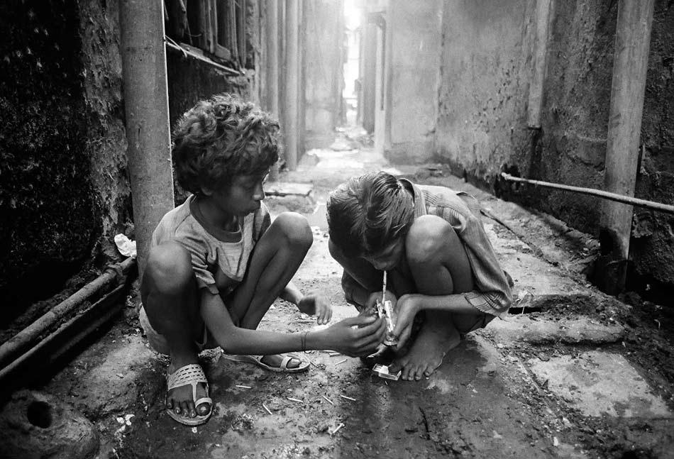 Drogenabhängige Kinder | Lesenswert in Zürich | Ron Orp's Mail