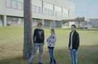 Jussi_Sarkilahti_Teenagers_posing.jpg