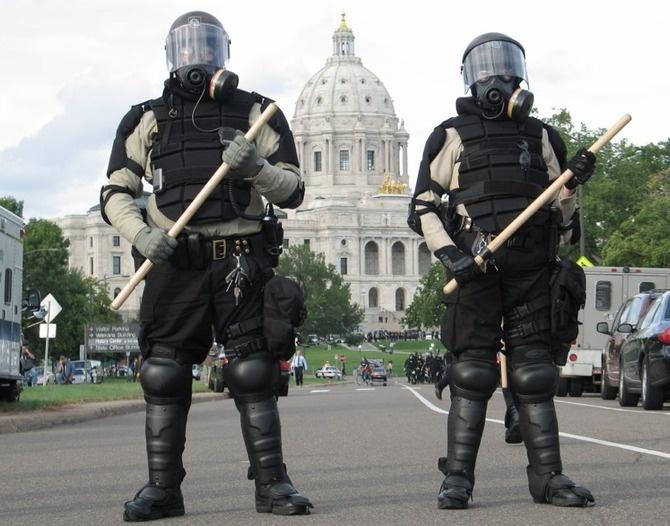 GUERRA CIVIL nos EUA? O Departamento de Segurança Interna está se preparando