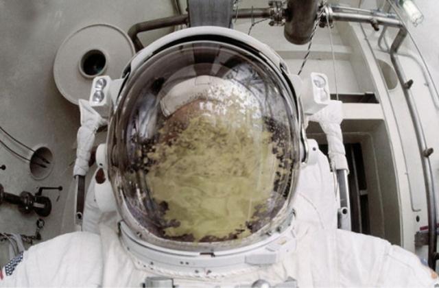 astronaut-puke.jpeg