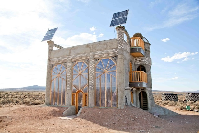 Earthships the post apocalyptic housing of tomorrow for Tomorrow homes