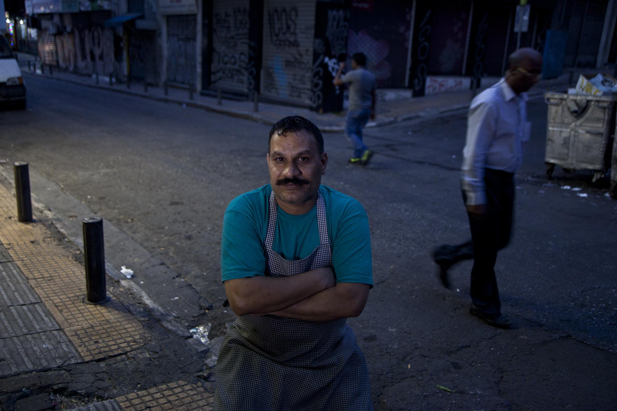 Ο μάγειρας του Paks στην οδό Μενάνδρου.