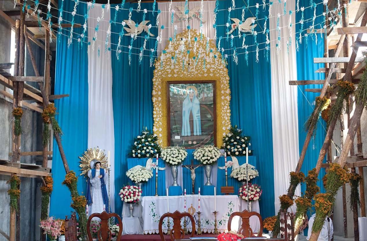 Decoracion Altar Virgen De Guadalupe ~   celebrar el aniversario 39 de la aparici?n de la Virgen del Rosario